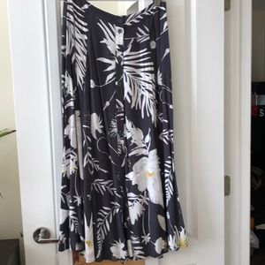 Great condition Anna Glover x H&M maxi skirt